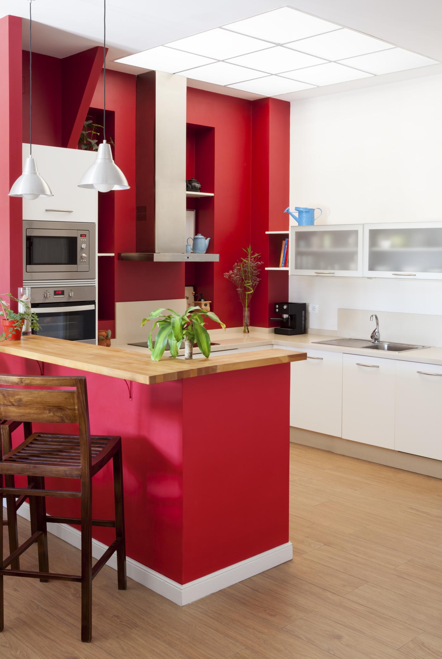 Kolory ścian, mebli i dodatków w kuchni. Czy wiesz, jakie kolory pobudzają apetyt?