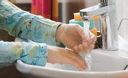 Woda z kranu, ze studni oligoceńskiej, a może z własnej stacji uzdatniania?