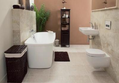 Jak układać płytki ceramiczne w łazience? Gruntowanie, klejenie i fugowanie