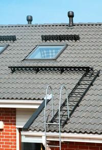 Stopnie kominiarskie i włazy dachowe