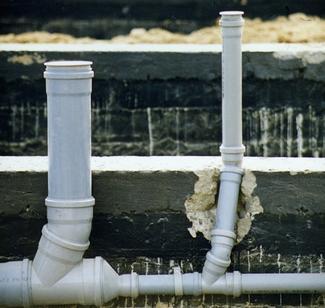 Poziome przewody instalacji kanalizacyjnej