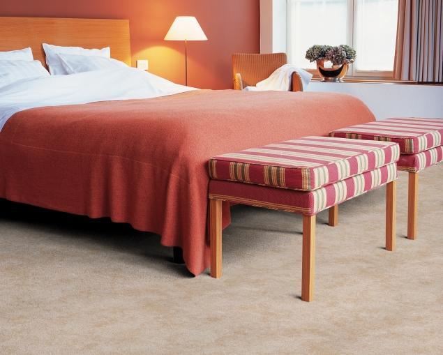 Aranżacje ciepłych i przytulnych sypialni. Zobacz zdjęcia nastrojowych wnętrz