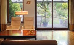 Zachwycający dom architekta harmonijnie wpisany w otoczenie. Zobacz zdjęcia domu i wnętrz