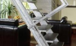 Schody gotowe - rodzaje i montaż schodów wewnętrznych